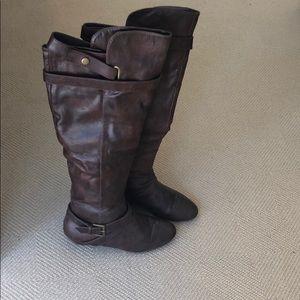 Steve Madden Brown Boots